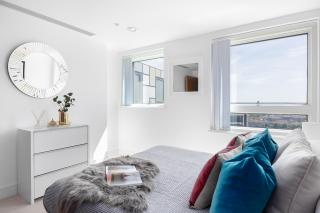 LINCOLN PLAZA SERVICED APARTMENT, CANARY WHARF